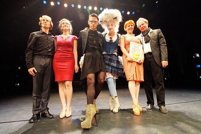 140611 0956 kr theaterpreis 2014 ger 400