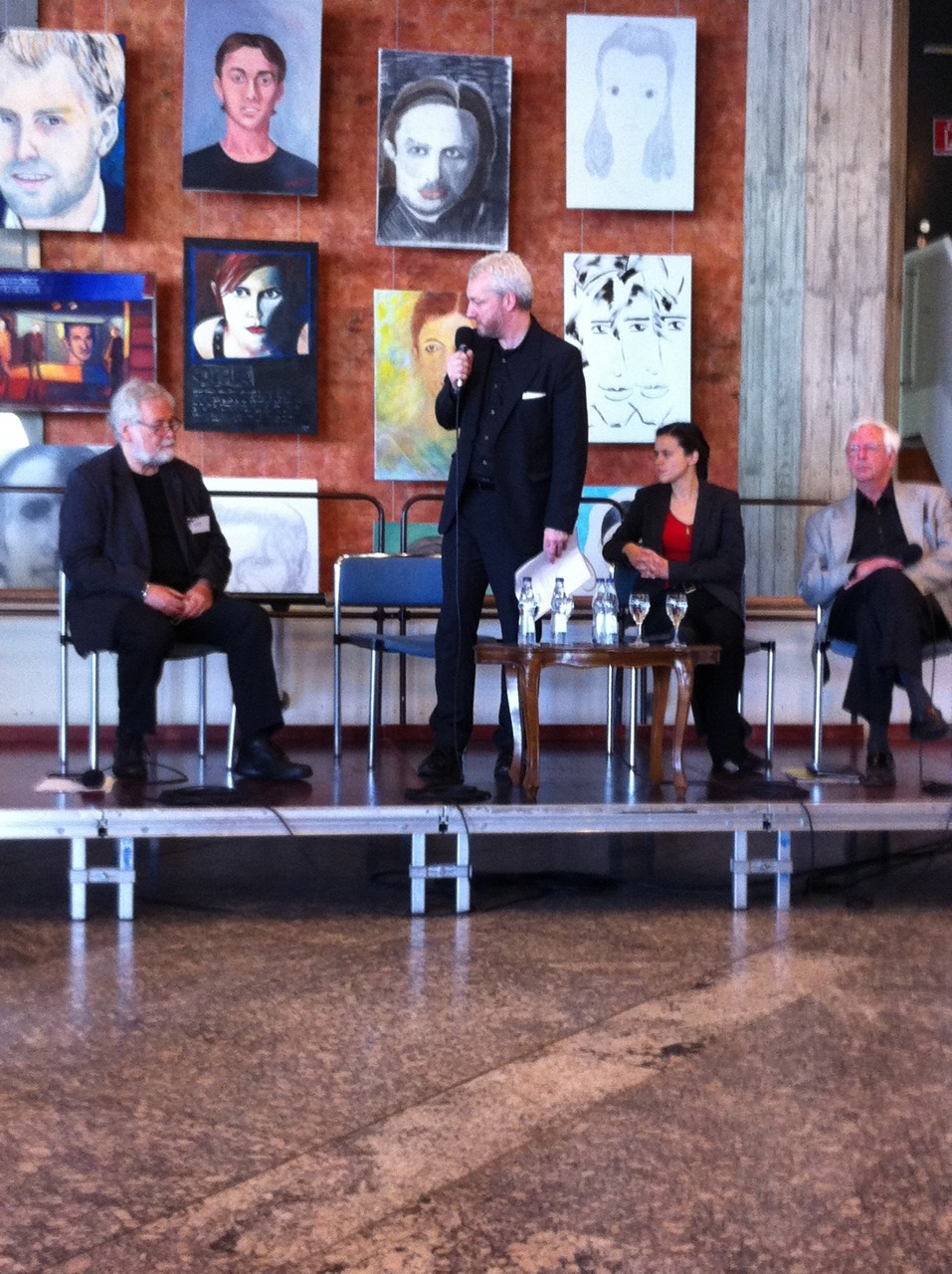 Podiumsdiskussion zur MUTHEA-Tagung 2012 in Karlsruhe