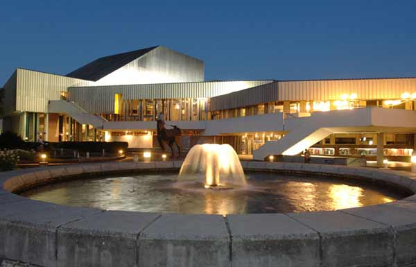 ansichten staatstheater 5