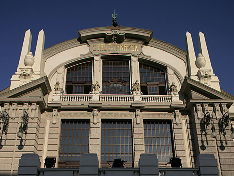 theater-bielefeld